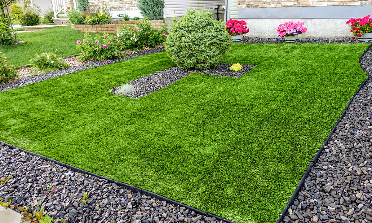 a view of artificial turf used for an outside rest area.